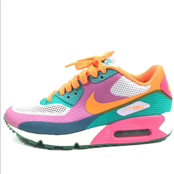 Nike Women Air Max 90 Hyperfuse. M 5b10afc312cd4a4d23db9d91 9c42173960